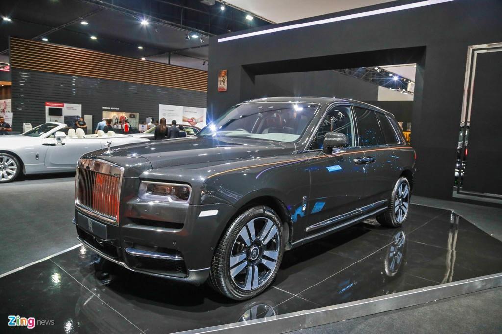 Rolls-Royce Cullinan ra mat anh 1