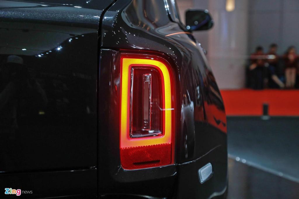 Rolls-Royce Cullinan ra mat anh 4