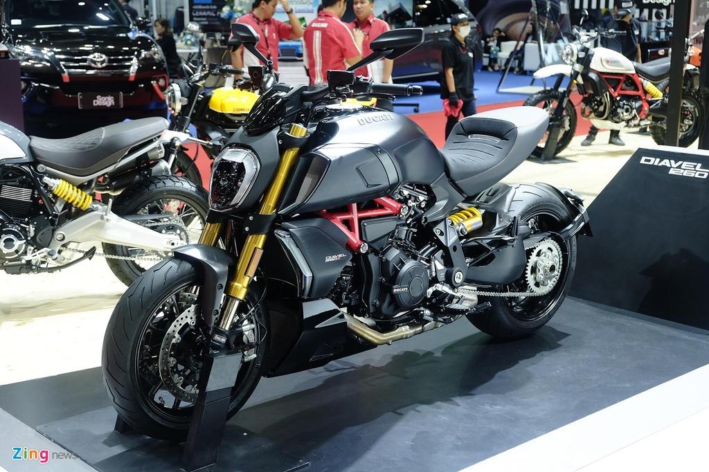 Ducati Diavel 1260 ra mat anh 1