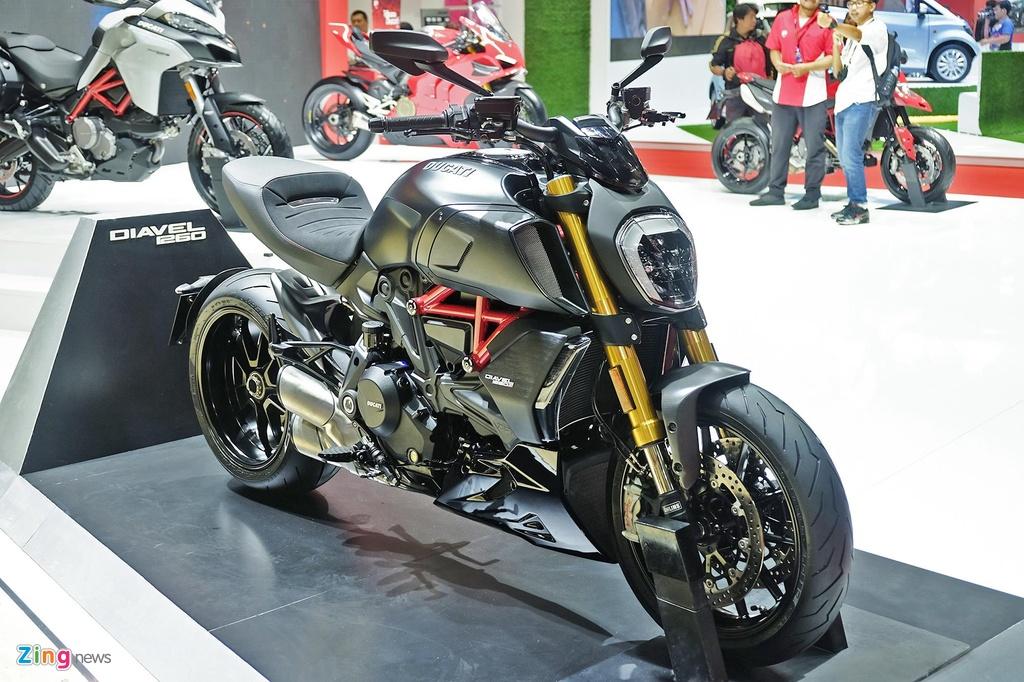 Ducati Diavel 1260 ra mat anh 10