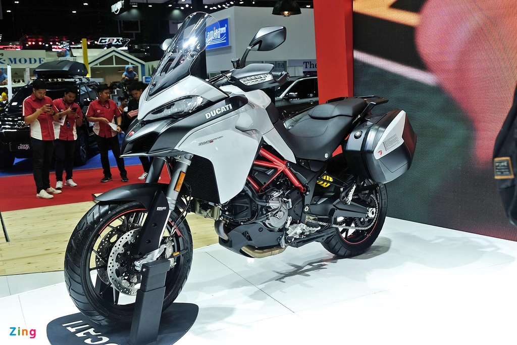 Can canh moto phuot tam trung Ducati Multistrada 950 S hinh anh 1