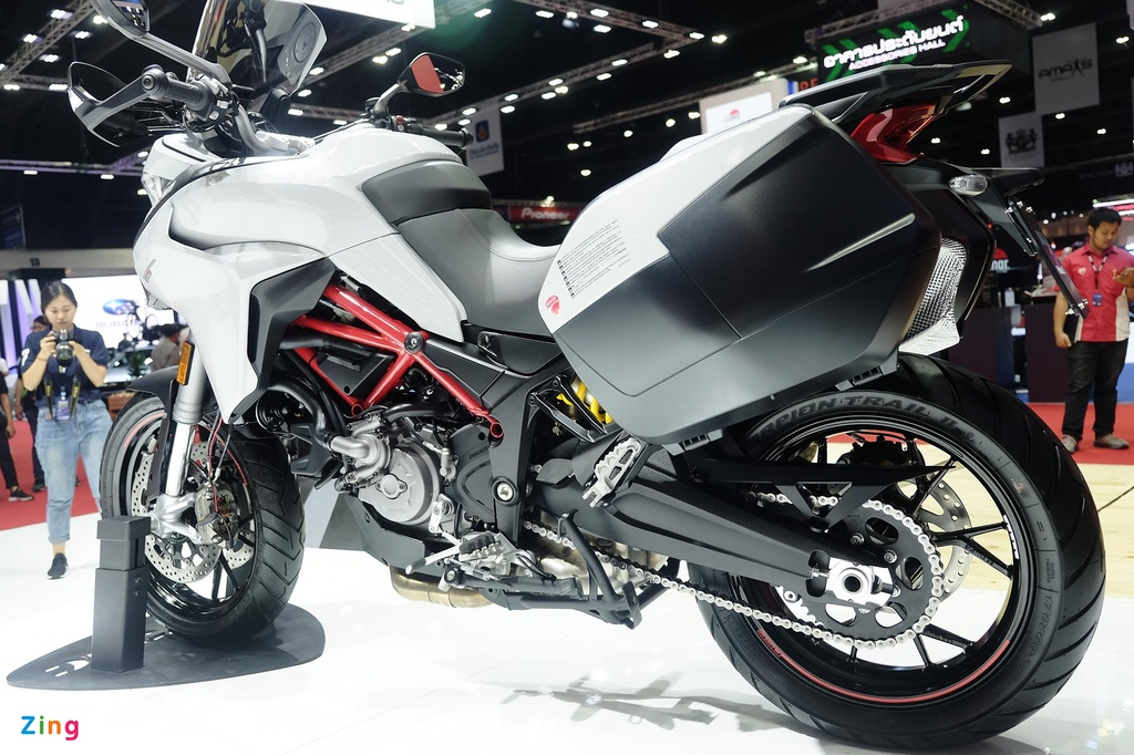Can canh moto phuot tam trung Ducati Multistrada 950 S hinh anh 2