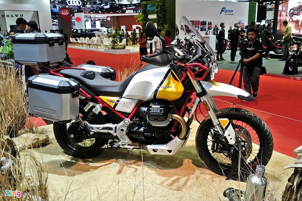Moto Guzzi V85TT - xe dia hinh co dien 'du do choi' co gia 23.900 USD hinh anh 3