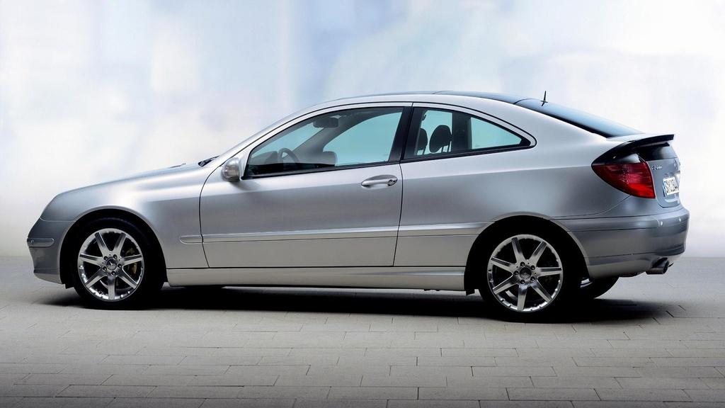 Khoi nguon Mercedes-Benz C-Class - sinh ra tu suc ep cua BMW hinh anh 7