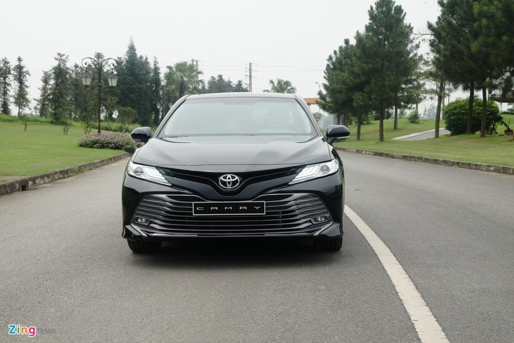 Re hon ca ban cu,  Toyota Camry 2019 co thay doi gi anh 7