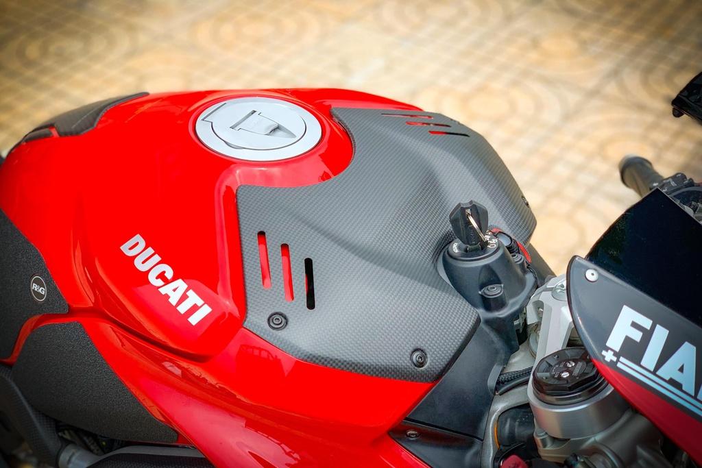 Ducati Panigale V4 do anh 7