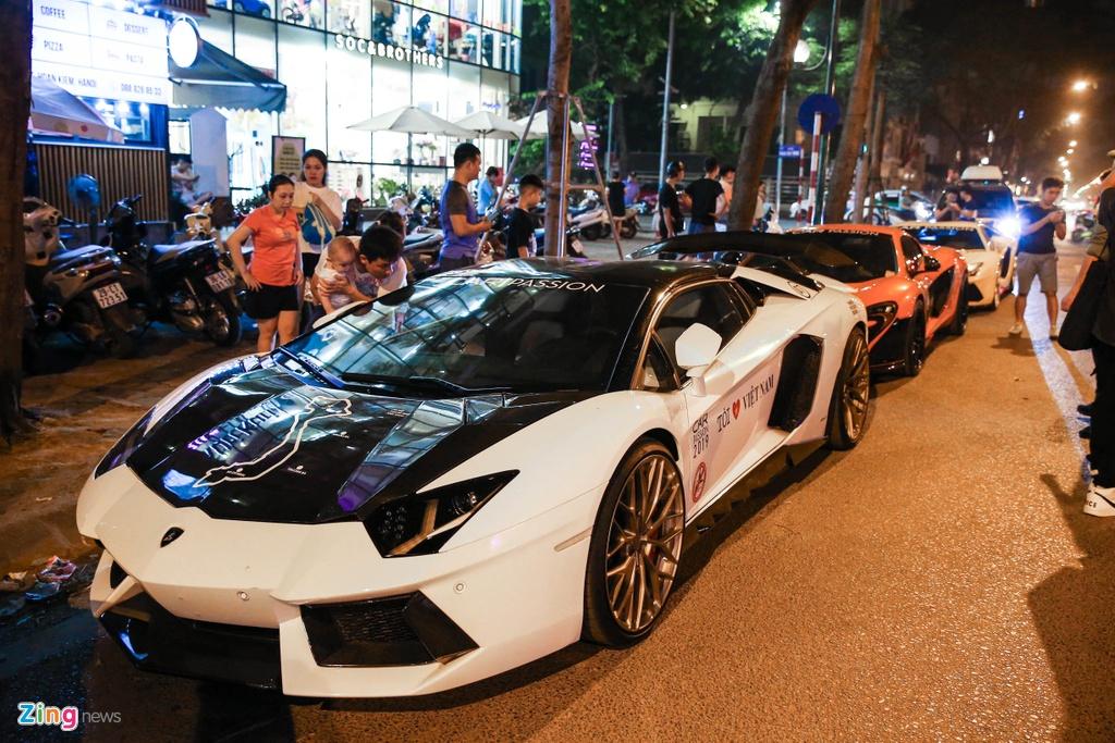 Dan sieu xe tram ty cua Car Passion nao dong Ha Noi hinh anh 6