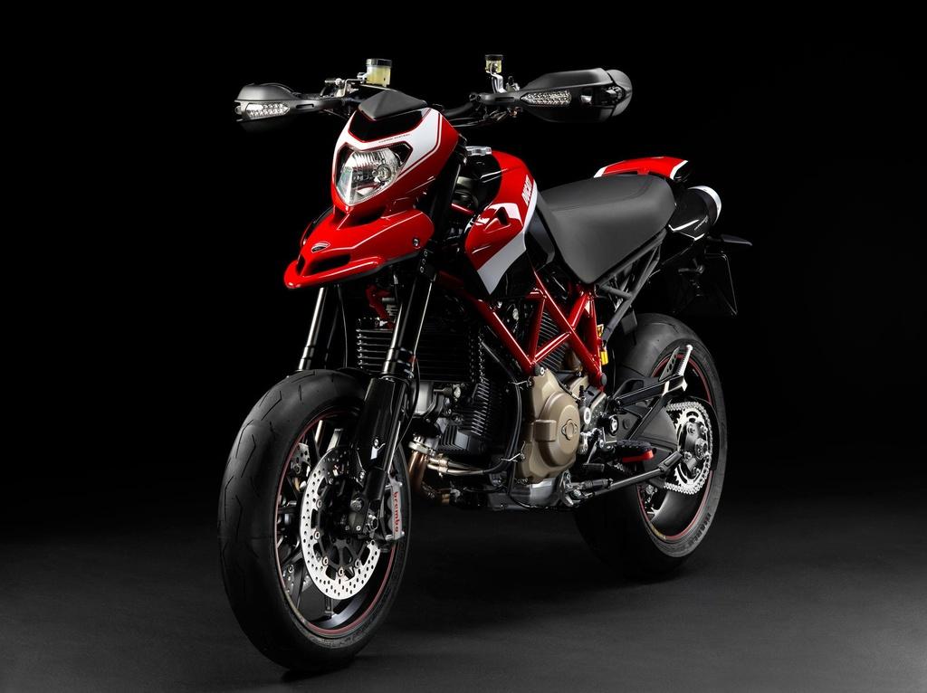 Hypermotard - tu su nghi ngo den dong xe ban chay nhat cua Ducati hinh anh 9