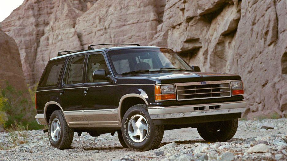 Ford Explorer da thay doi nhu the nao sau 28 nam ton tai? hinh anh 3
