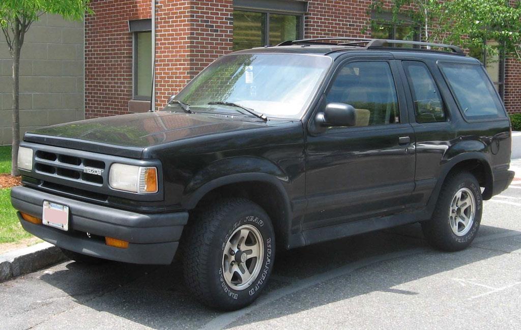 Ford Explorer da thay doi nhu the nao sau 28 nam ton tai? hinh anh 4