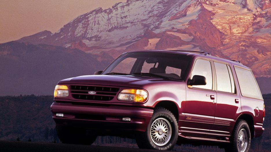 Ford Explorer da thay doi nhu the nao sau 28 nam ton tai? hinh anh 5