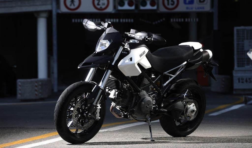 Hypermotard - tu su nghi ngo den dong xe ban chay nhat cua Ducati hinh anh 10