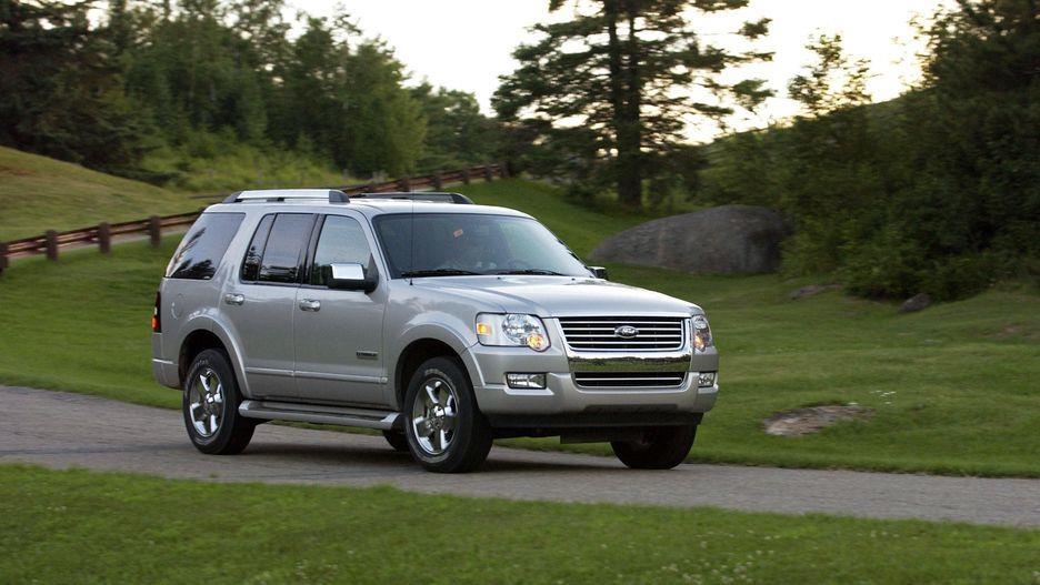 Ford Explorer da thay doi nhu the nao sau 28 nam ton tai? hinh anh 9