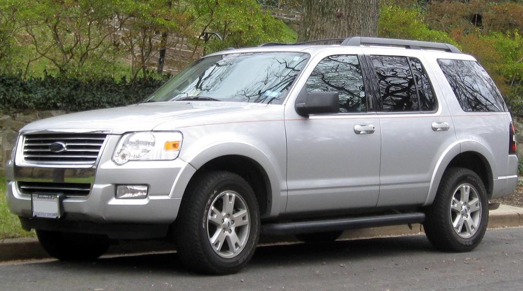 Ford Explorer da thay doi nhu the nao sau 28 nam ton tai? hinh anh 10