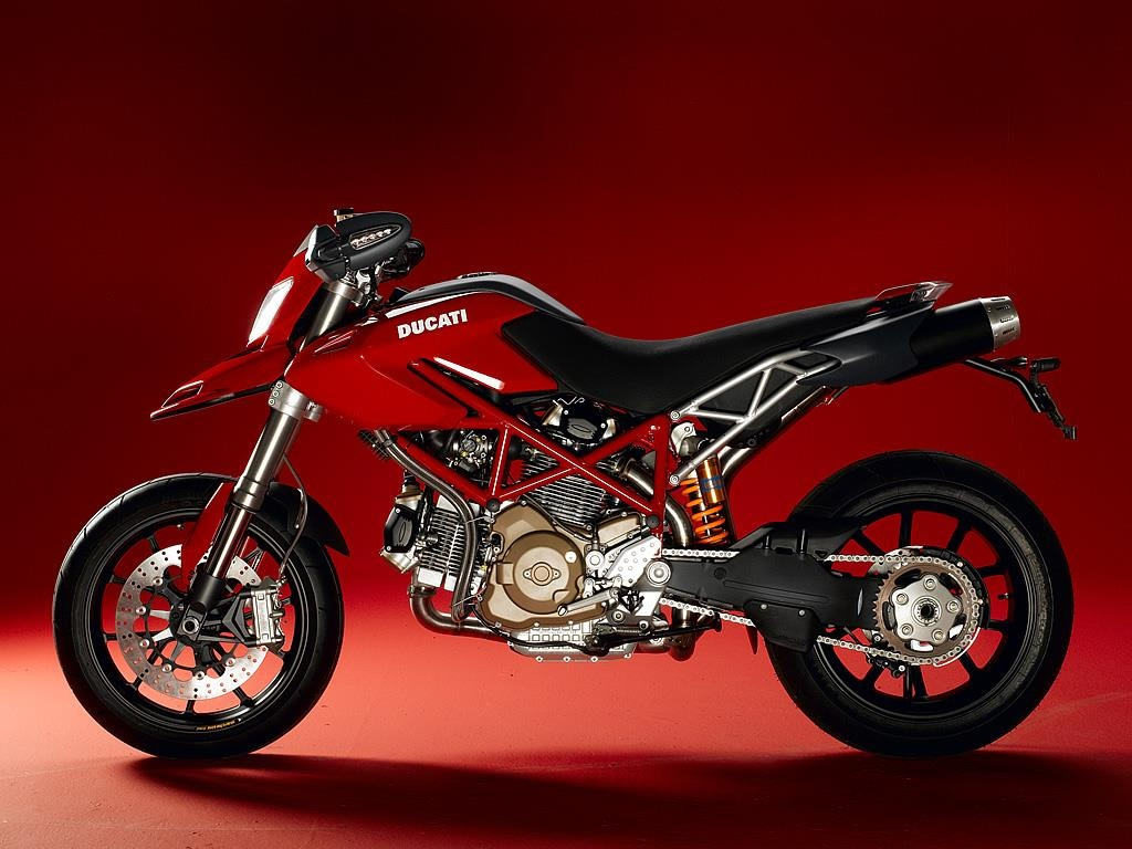 Hypermotard - tu su nghi ngo den dong xe ban chay nhat cua Ducati hinh anh 3