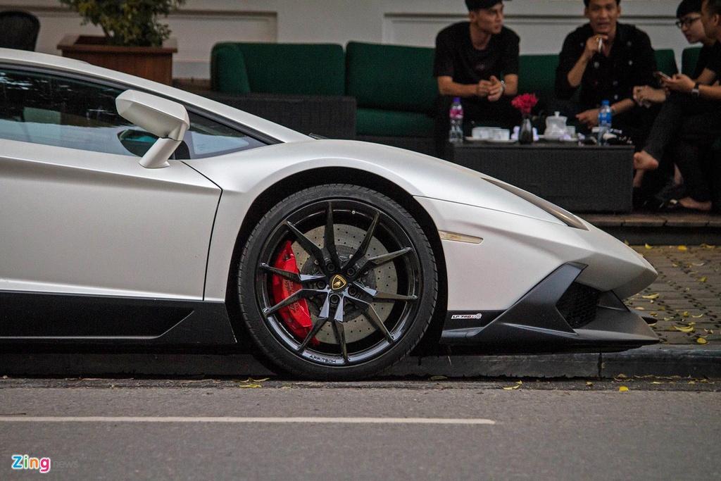 Thuc hu Lamborghini Aventador ban gioi han 100 chiec xuat hien tai VN hinh anh 4