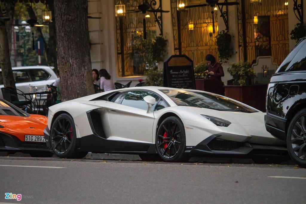 Thuc hu Lamborghini Aventador ban gioi han 100 chiec xuat hien tai VN hinh anh 1