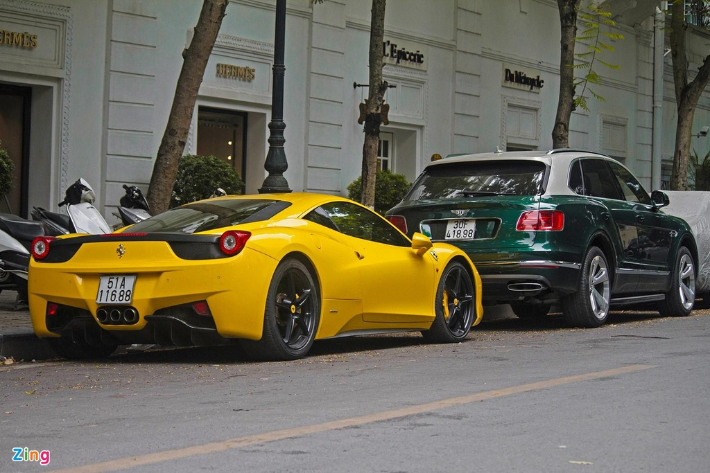 Sieu xe Ferrari 458 Italia tai xuat anh 8