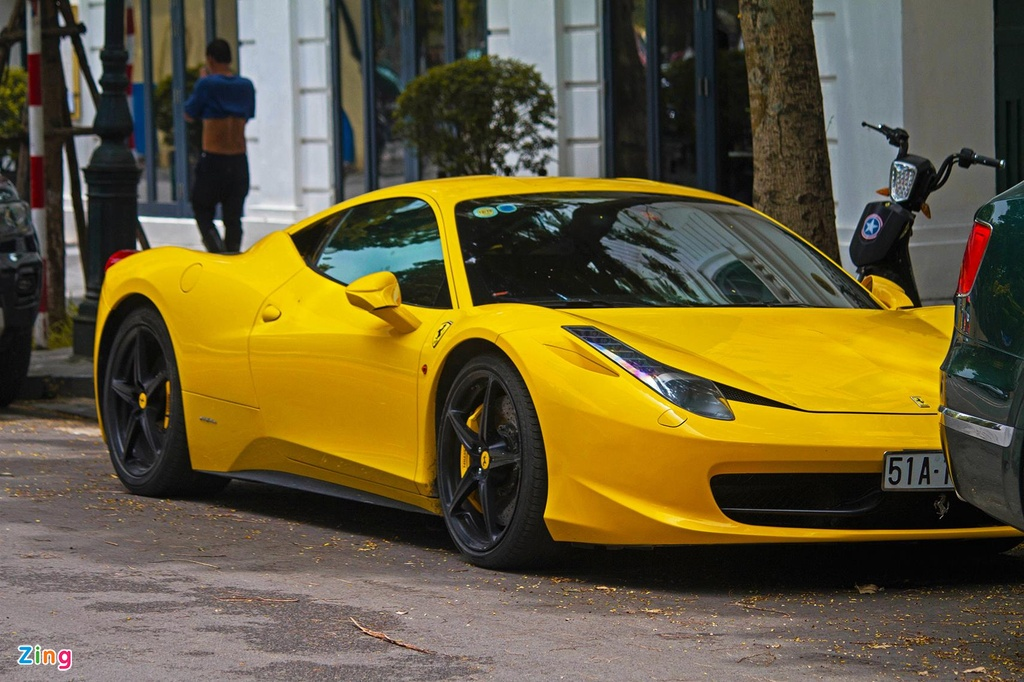 Sieu xe Ferrari 458 Italia tai xuat anh 4