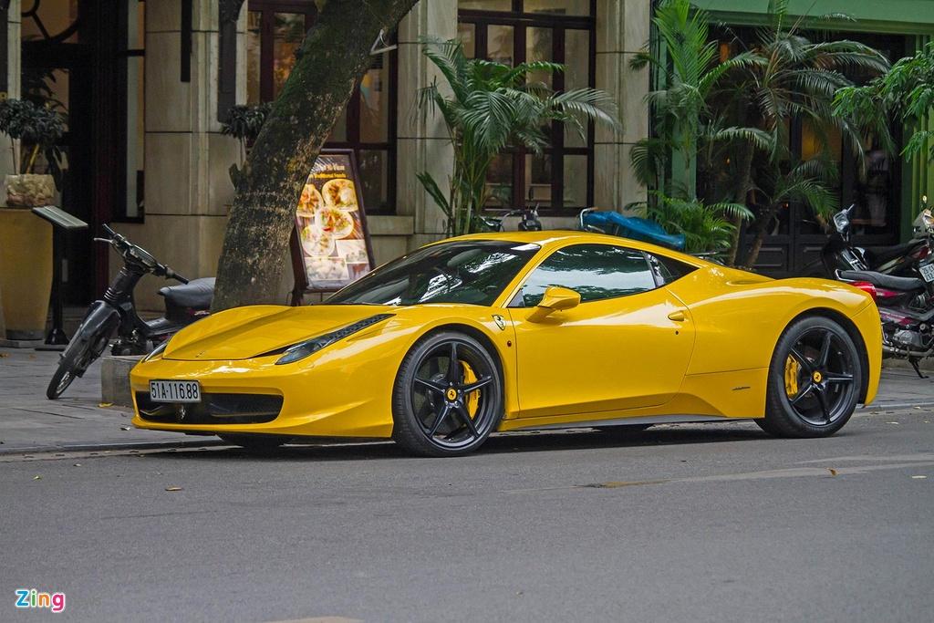 Sieu xe Ferrari 458 Italia tai xuat anh 1