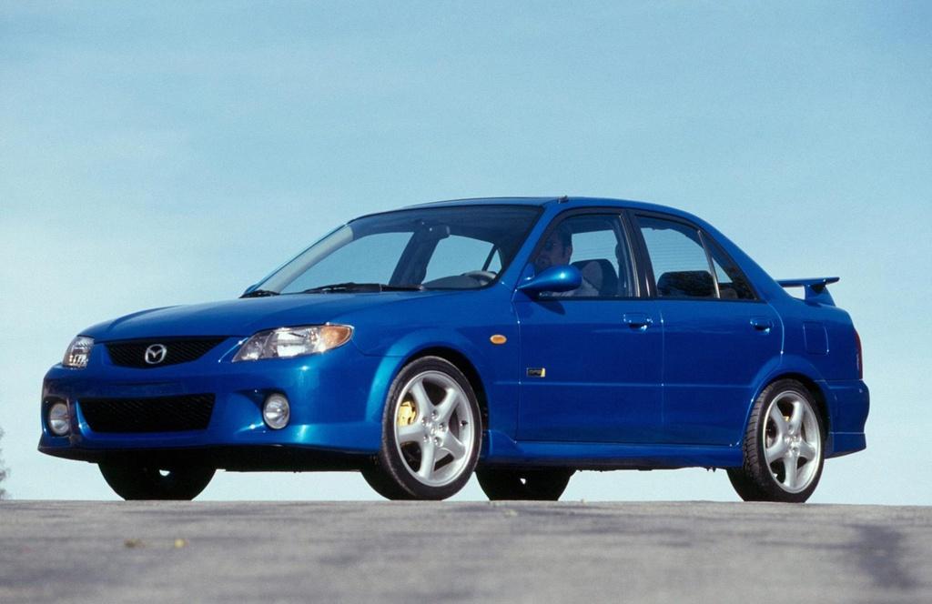 Lich su Mazda3 anh 9