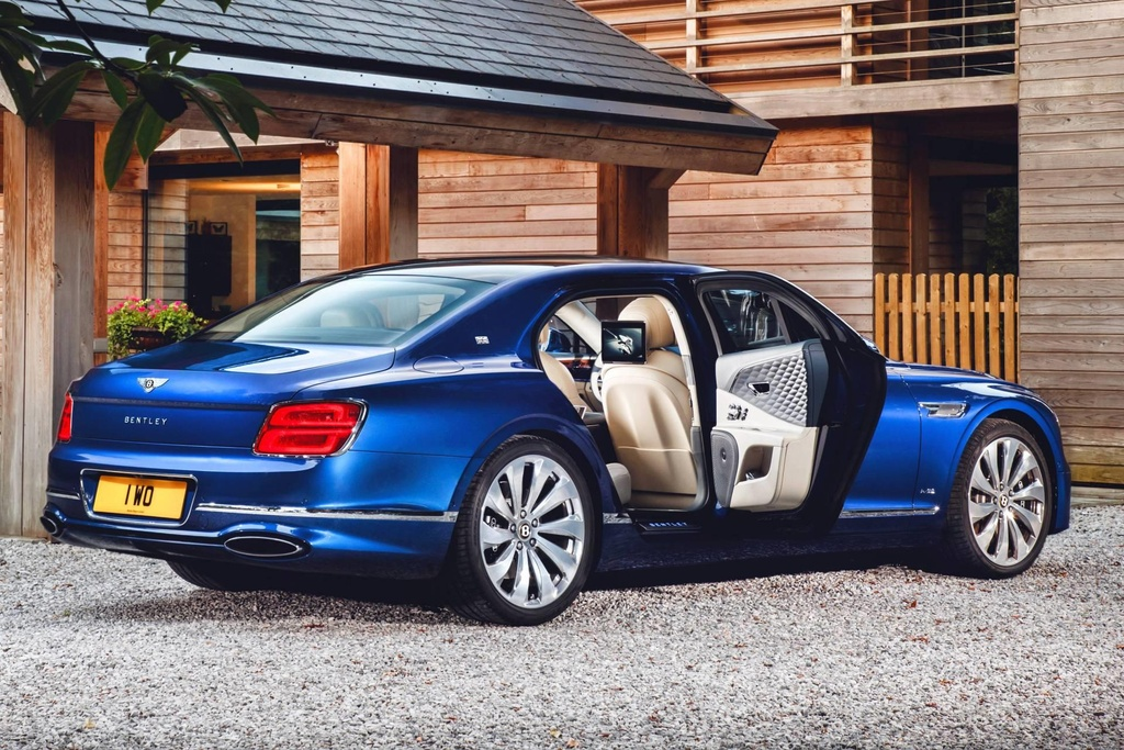 Ban gioi han Bentley Flying Spur First Edition 2020 co gi dac biet? hinh anh 8