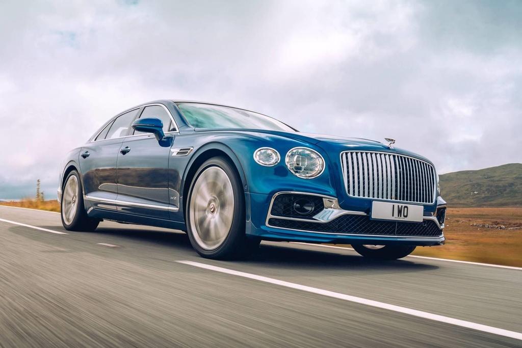 Ban gioi han Bentley Flying Spur First Edition 2020 co gi dac biet? hinh anh 1