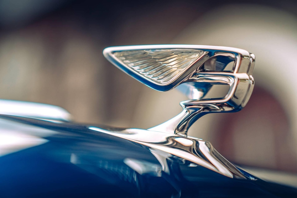 Ban gioi han Bentley Flying Spur First Edition 2020 co gi dac biet? hinh anh 5