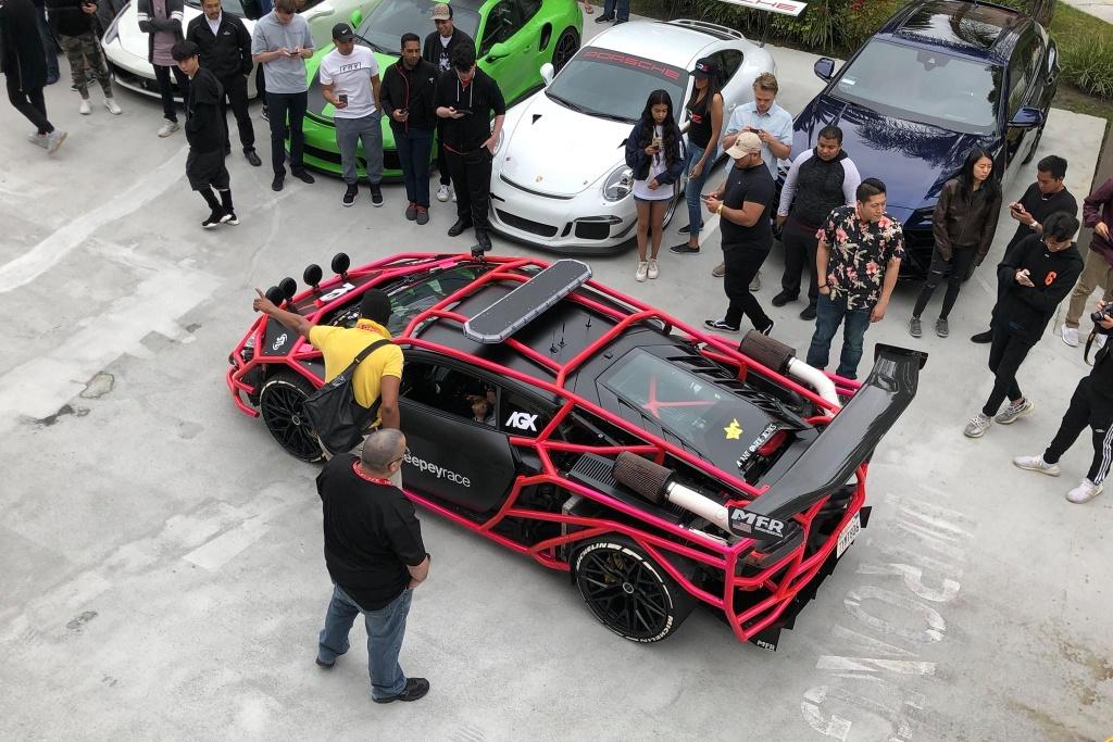Tay choi 19 tuoi va chiec Lamborghini Huracan 'di' nhat the gioi hinh anh 12