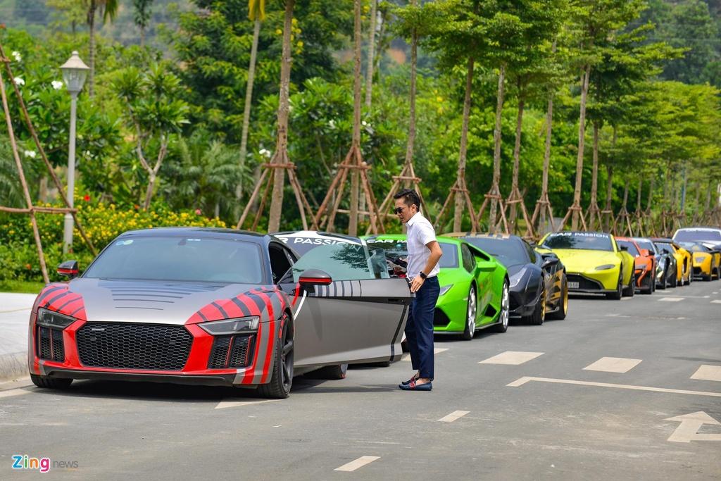 Cuong Do La ban Audi R8 anh 4
