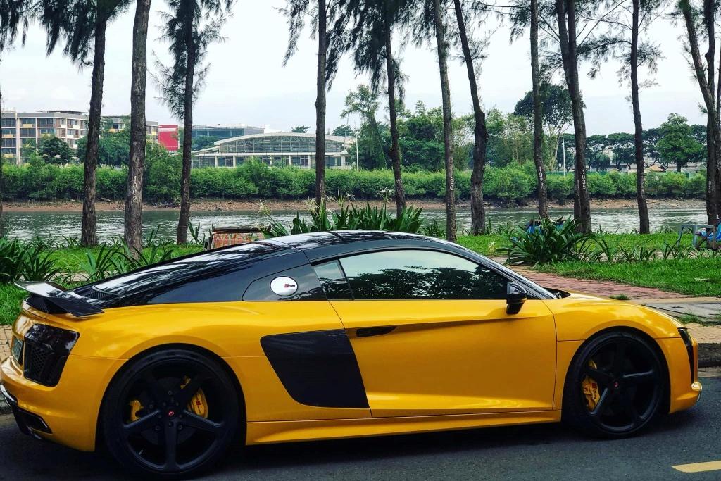 Sieu xe Audi R8 cua Cuong Do La 'thay ao' sau khi ve voi chu moi hinh anh 2
