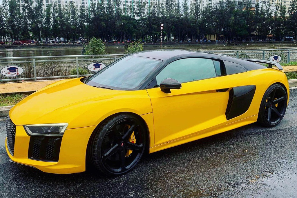 Sieu xe Audi R8 cua Cuong Do La 'thay ao' sau khi ve voi chu moi hinh anh 3