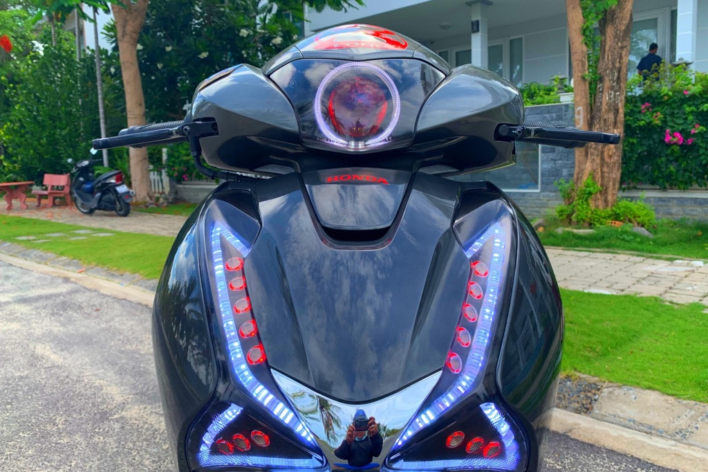 Honda SH 150i voi goi do 300 trieu cua sinh vien Nha Trang hinh anh 5