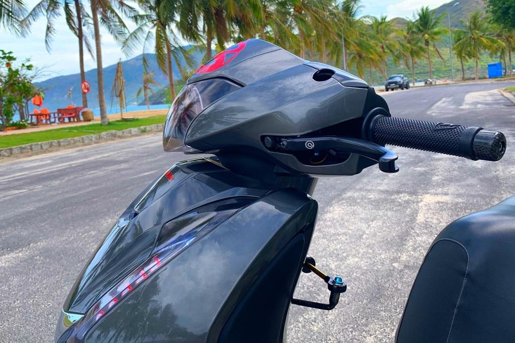 Honda SH 150i voi goi do 300 trieu cua sinh vien Nha Trang hinh anh 17