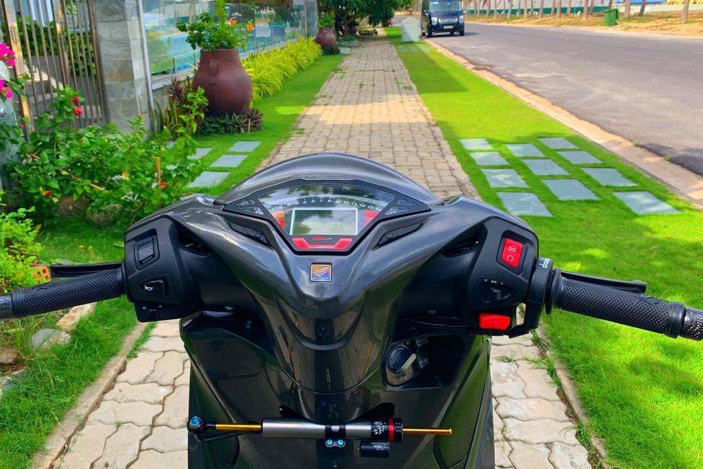 Honda SH 150i voi goi do 300 trieu cua sinh vien Nha Trang hinh anh 7