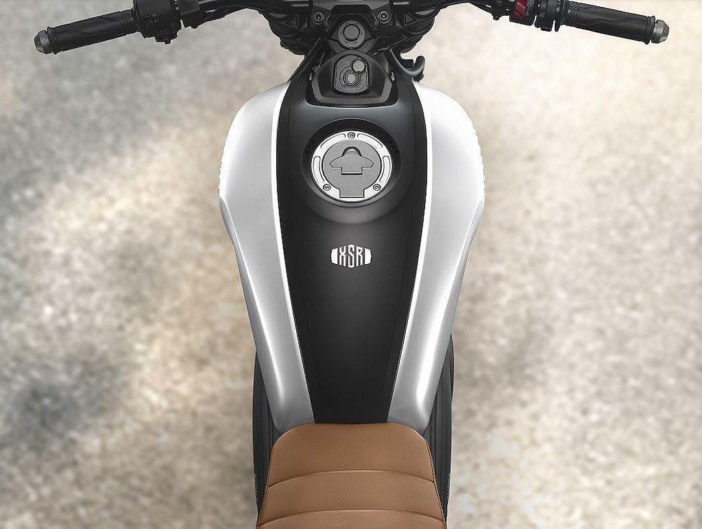 Yamaha XSR 155 ra mat Dong Nam A, canh tranh Honda CB150R hinh anh 2