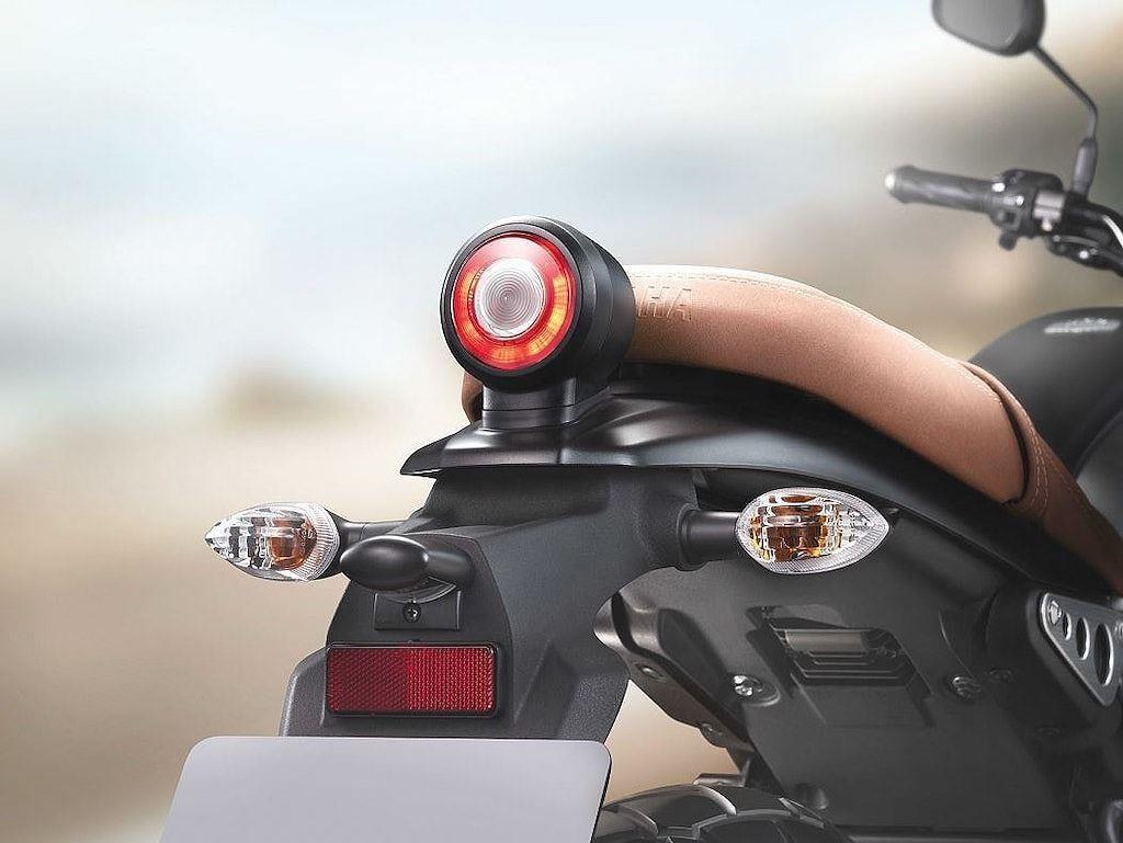 Yamaha XSR 155 ra mat Dong Nam A, canh tranh Honda CB150R hinh anh 9
