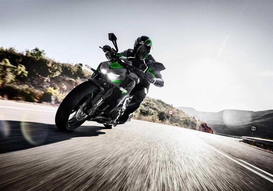 Kawasaki Z1000 R 2020 ra mat anh 1