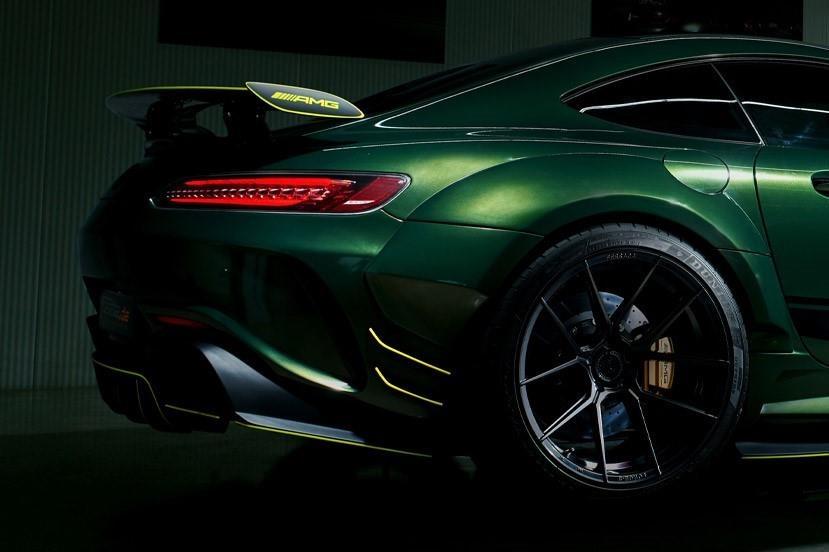 Mercedes-AMG GT R Prior Design anh 7