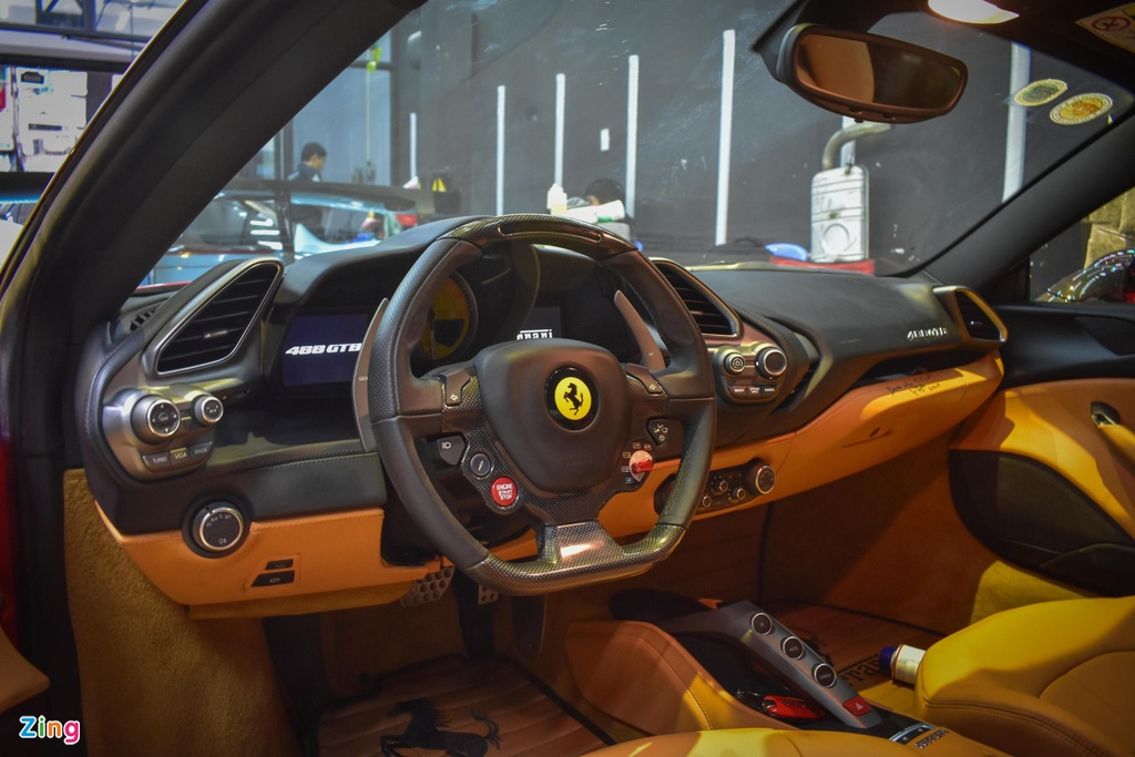 Can canh sieu xe Ferrari 488 GTB do Liberty Walk doc nhat VN hinh anh 10