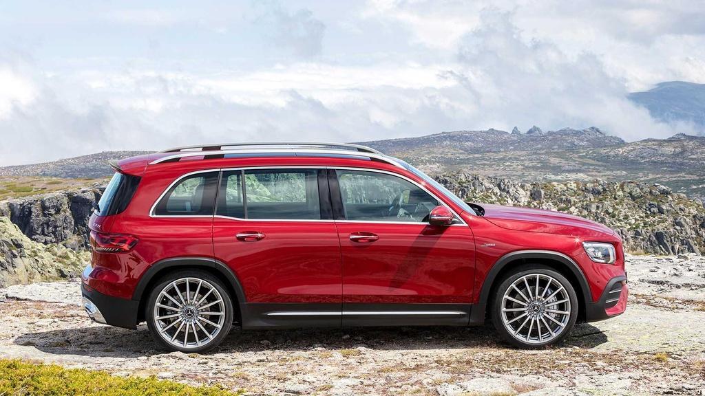 SUV 7 cho Mercedes-AMG GLB 35 ra mat, tang suc manh va off-road hinh anh 3