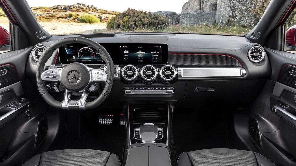 SUV 7 cho Mercedes-AMG GLB 35 ra mat, tang suc manh va off-road hinh anh 9
