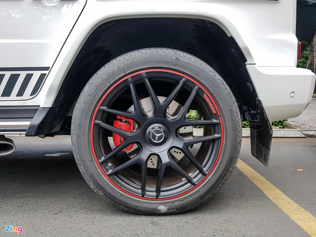 Can canh Mercedes-AMG G 63 Edition 1 cua Minh Nhua hinh anh 8