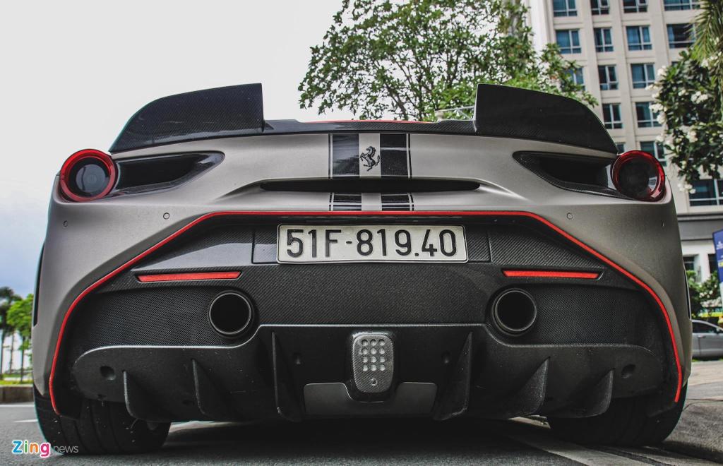 Can canh Ferrari 488 GTB do SVR anh 4