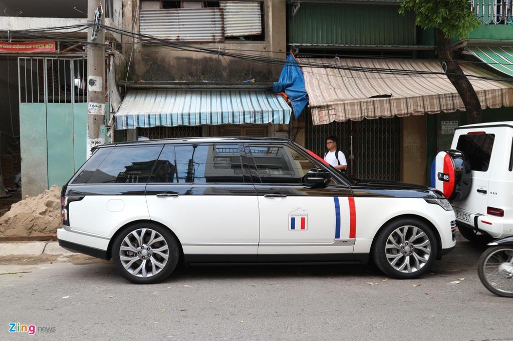 Dan xe dua dau con gai Minh Nhua vang bong sieu xe Pagani Huayra hinh anh 9