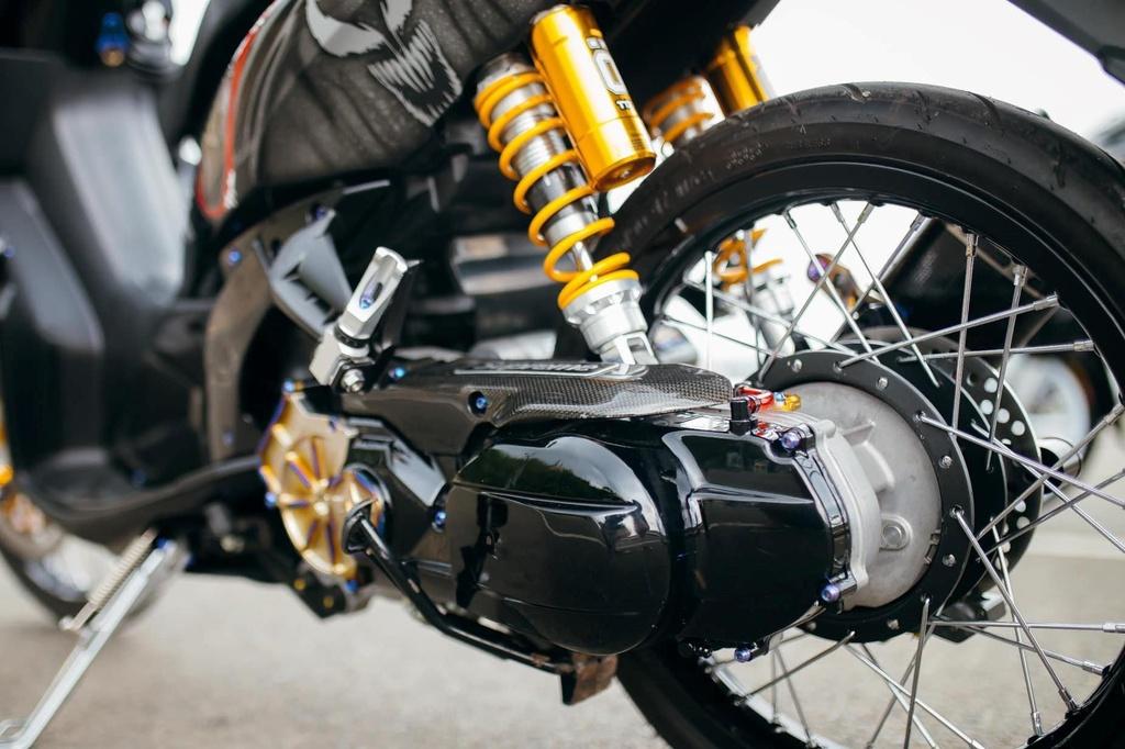 Biker Khanh Hoa chi 500 trieu do lai Yamaha Nouvo hinh anh 4