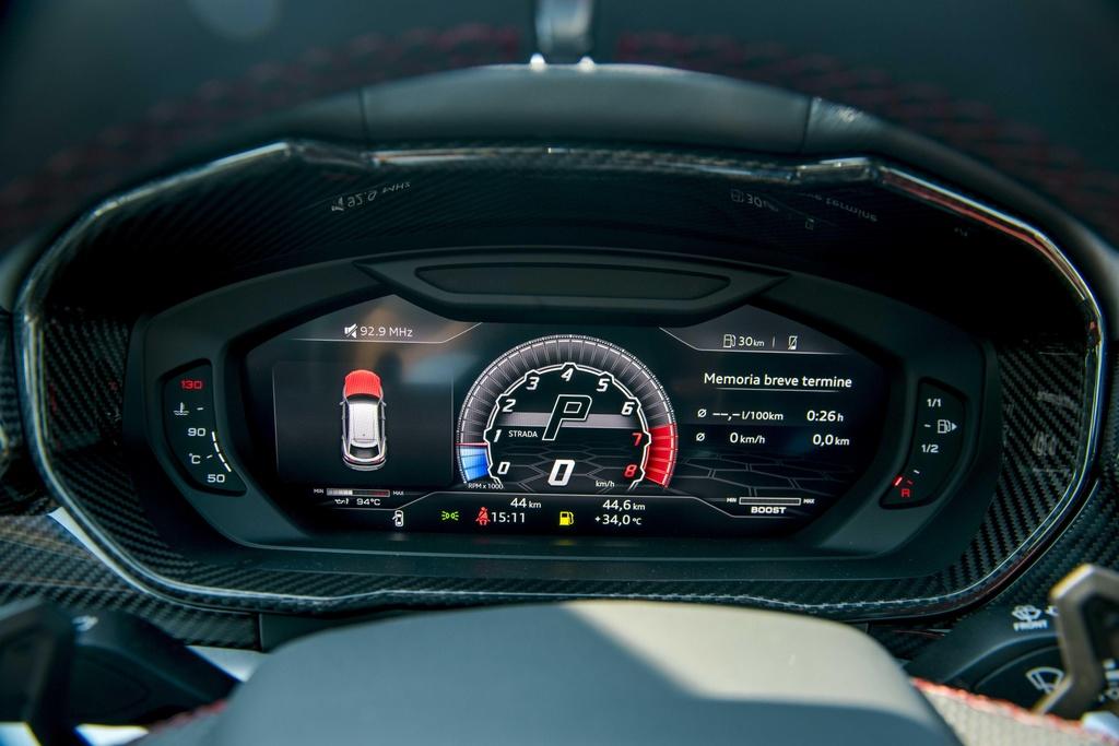 Sieu SUV Lamborghini Urus chinh hang anh 19