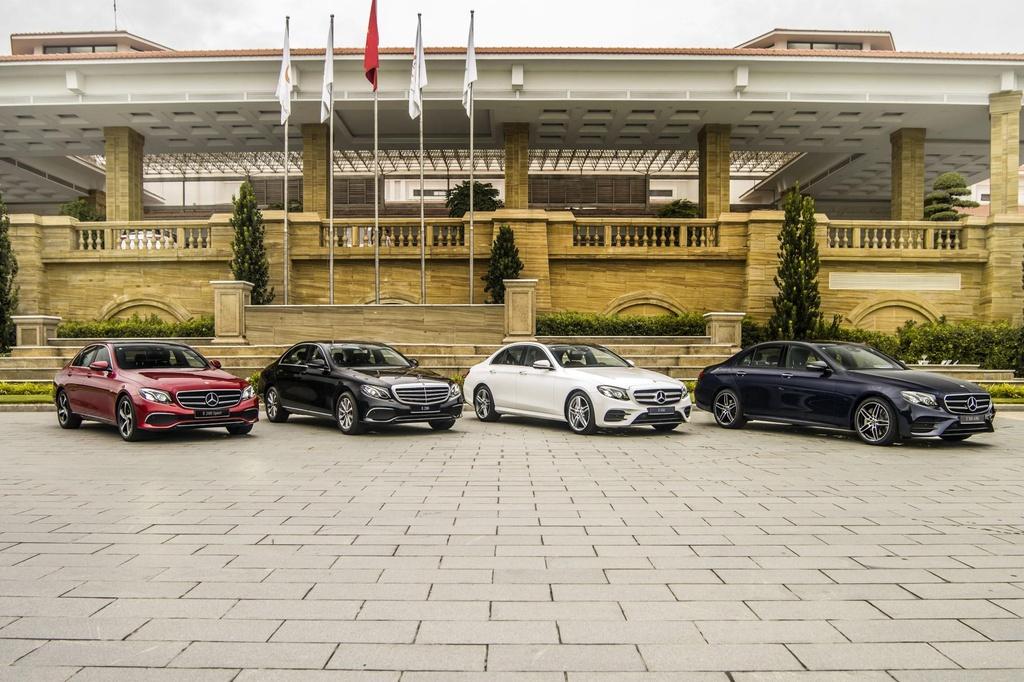 Mercedes-Benz E 300 AMG tro lai Viet Nam, gia hon 2,8 ty hinh anh 8