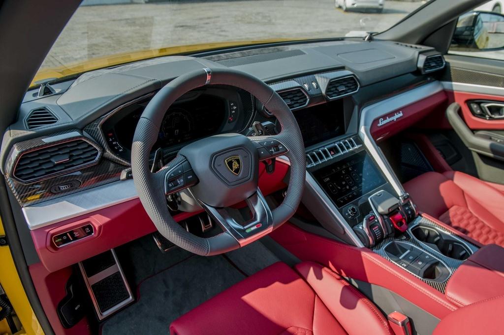 Sieu SUV Lamborghini Urus chinh hang anh 18