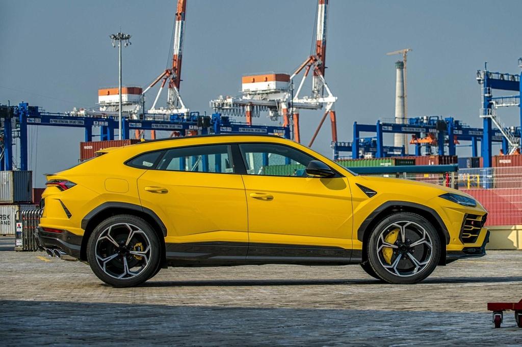 Sieu SUV Lamborghini Urus chinh hang anh 3